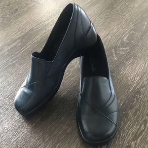Clarks Navy Blackberry Leather Slip-On Shoe
